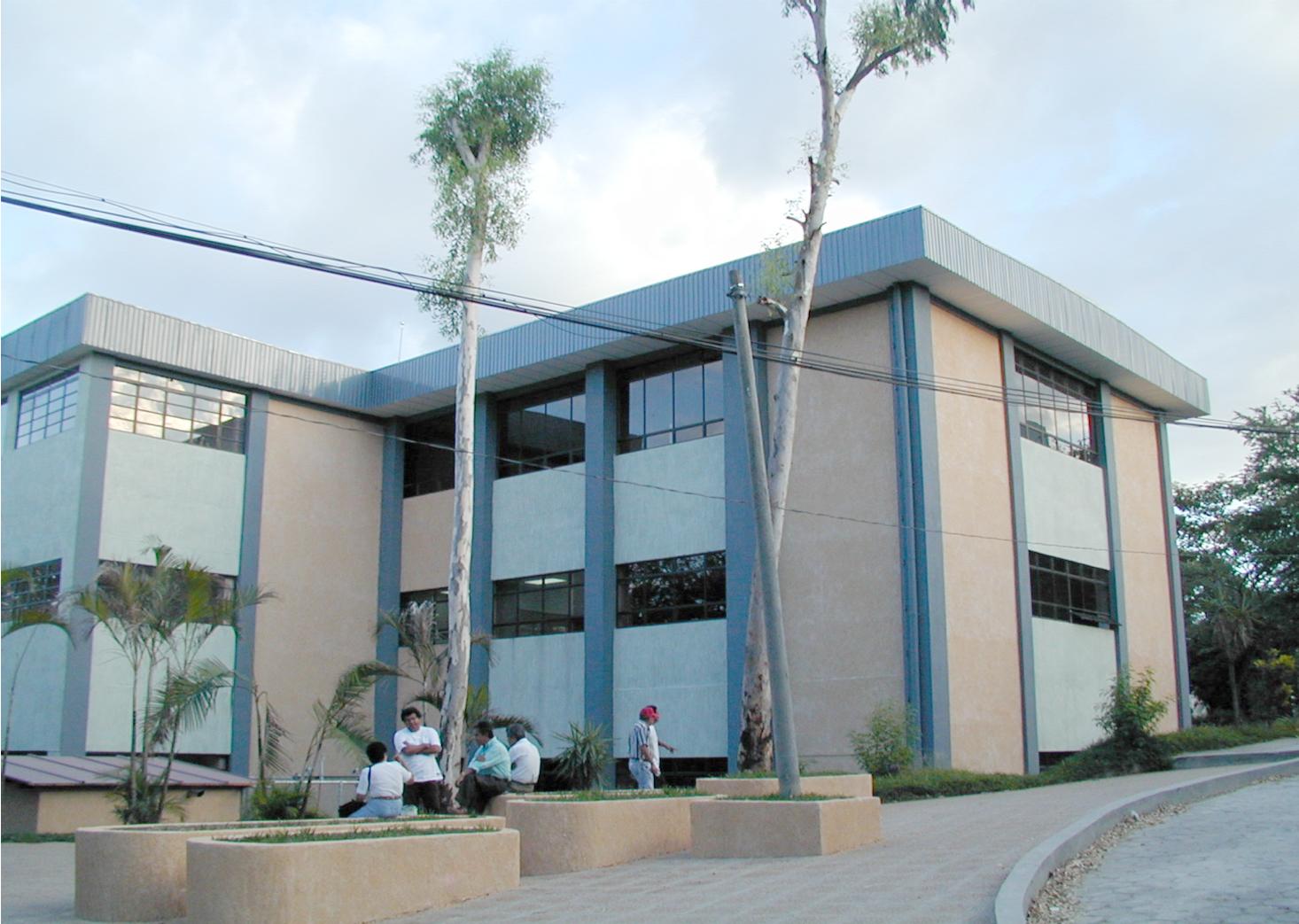 SALVADOR- EDUCTRADE