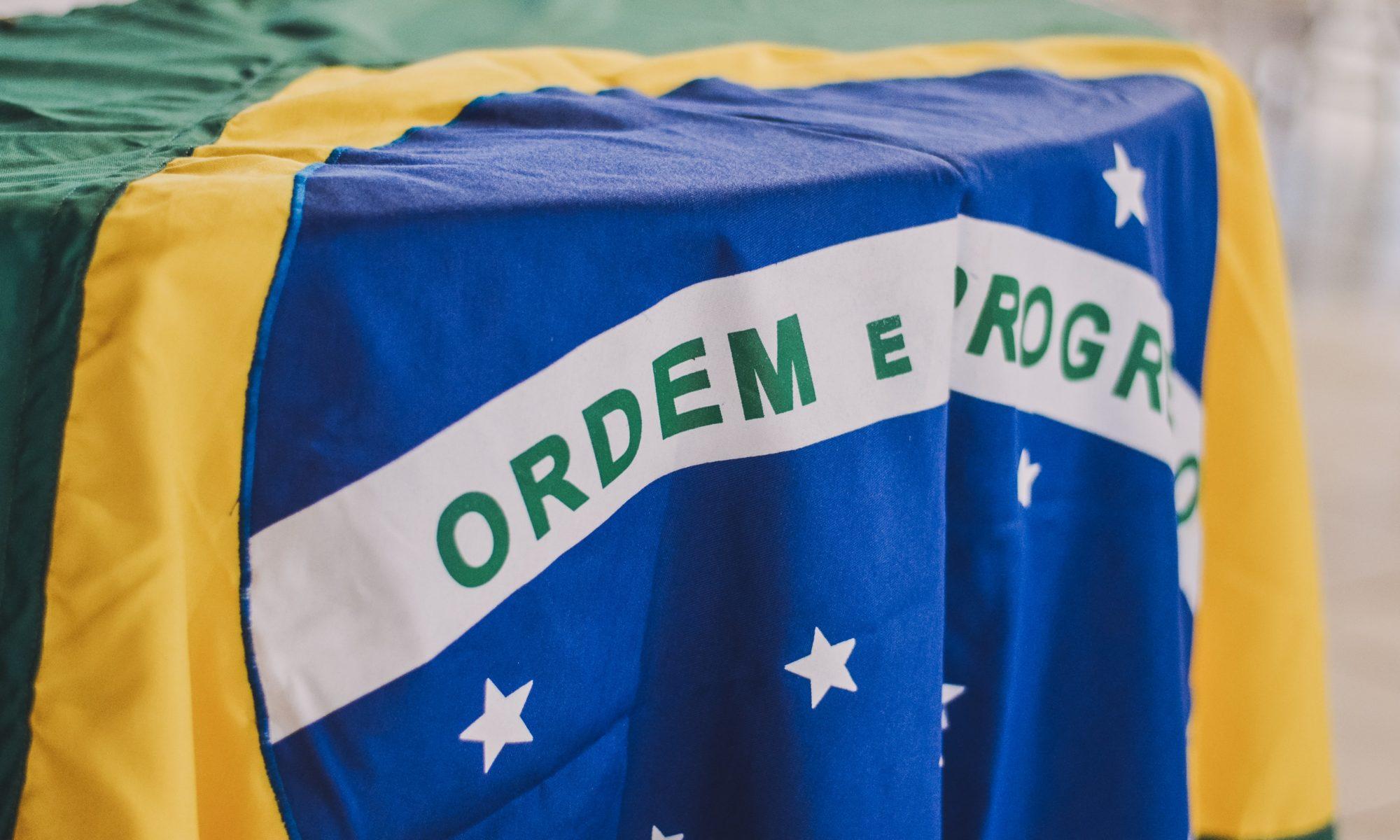 EDUCTRADE-BRASIL.-2002